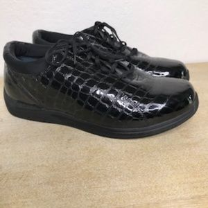 Drew Lace Up Loafers